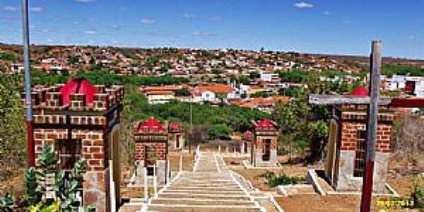 São Raimundo Nonato-PI-Escadaria do Cruzeiro e a cidade-Foto:WLuiz