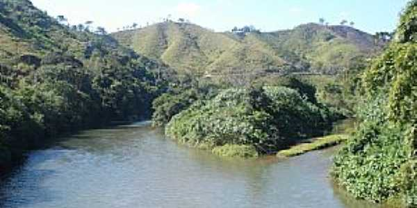 Açunguí-PR-Curva do rio Açunguí-Foto:Elétro Motores Itaperuçu