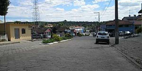 Agudos do Sul-PR-Avenida Brasil-Foto:geografiatecnologia.