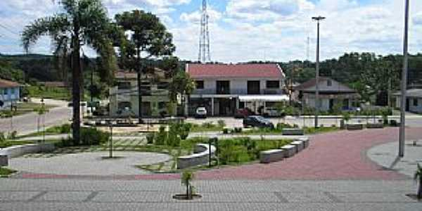 Agudos do Sul-PR-Praça da Matriz-Foto:geografiatecnologia.