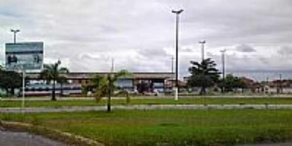 Terminal Rodovi�rio de Entre Rios-Foto:Andre L. S. Lacerda