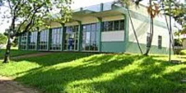 Biblioteca Municipal Rui Barbosa em Alto Piquiri-Foto:fabio.faustino