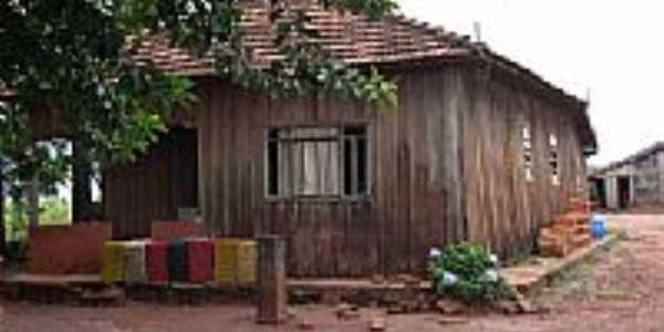 Casa Velha por Ailton L Gouveia
