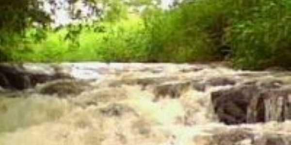 Cachoeira , Por Luciana Abreu