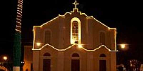 Vista noturna da Igreja Matriz de Euclides da Cunha-BA-Foto:Eduardo Finavaro