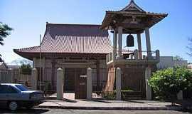 Apucarana - Apucarana-PR-Templo Budista-Foto:Emerson R. Zamprogno