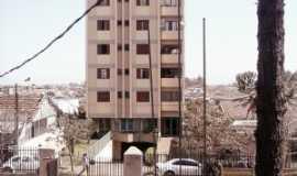 Assaí - Condominio Edificio Fujiyama - Assaí, Por Jorge Pires