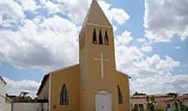 Campo Grande - Igreja Matriz de Santa Luzia em Campo Grande-Foto:Vicente A. Queiroz