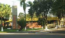 Barbosa Ferraz - Rodoviária Municipal-Foto:Robison G Burim