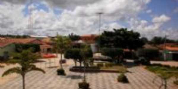 Praça, Por Lala
