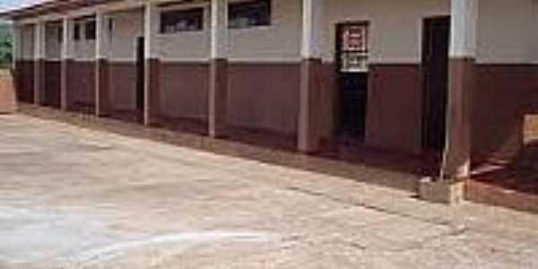 Escola Manoel Sebasti�o Gon�alves em Barro Preto-Foto:tmzmanoelgoncalves.