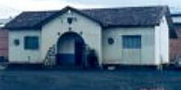 Fachada da Esta��o Ferrovi�ria de Barro Preto em 29/12/2003-Foto:Douglas Razaboni