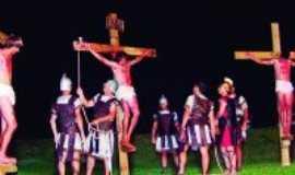 Bateias - Paixão de Cristo no Acampamento Arca, Por Marcos