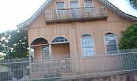Bateias - Casa Patrimônio Histórico em Bateias-PR-Foto:angelof