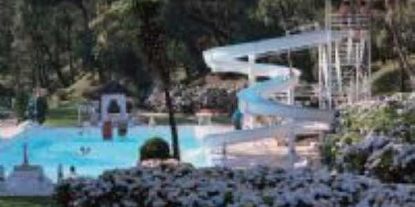 Parque Ouro Fino, Por Marcos