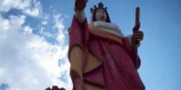Estátua de Santa Bárbara bituruna, Por ricardo