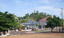 Boa Vista da Aparecida - Boa vista da Aparecida-PR-Praça e Avenida-Foto:zaksantos