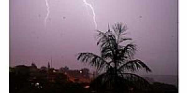 Tempestade por J.Dias