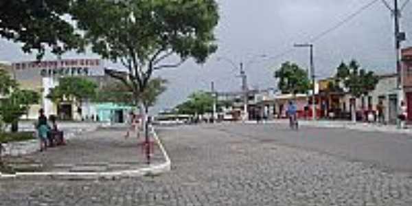 Rua central de Floresta Azul-BA-Foto:claudioconrado