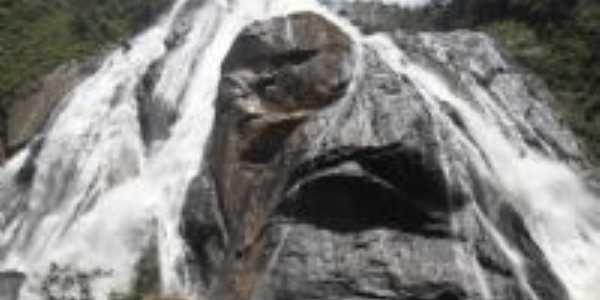 cachoeira da fumaça, Por edneia pereira