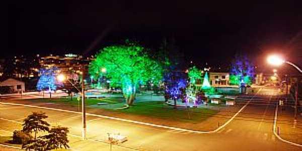 Praça Bento Munhoz da Rocha Neto - Campina Grande do Sul - PR