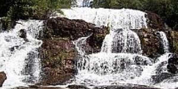 Cachoeira Sbaraini.