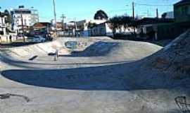 Campo Largo - Campo Largo-PR-Praça do Skate-Foto:Lorena Mocelin