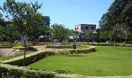 Campo Mourão - Campo Mourão-PR-Praça Central-Foto:Lindinha Rodrigues