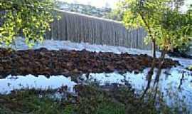 Campo Mour�o - Queda d��gua no parque em Campo Mour�o-Foto:Lindinha Rodrigues
