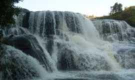 Carambeí - Cachoeira do rio São João, Por Michele Engels