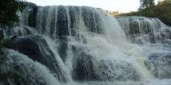 Cachoeira do rio São João, Por Michele Engels