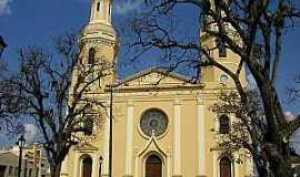 Castro - Castro-PR-Matriz de Sant�Ana-Foto:www.castroonline.com.br