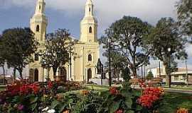 Castro - Castro-PR-Praça da Matriz-Foto:www.castroonline.com.br
