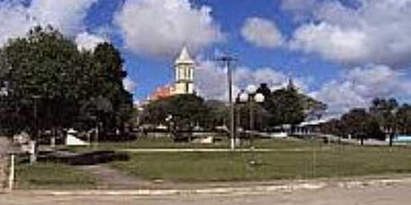 Praça e Igreja em Catanduvas do Sul-Foto:cicloturistaurbano.