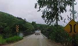 Cerro Azul - Ponte sobre o Rio Ribeira - Cerro Azul-PR  - Por quirino