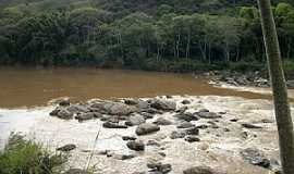 Cerro Azul - Rio Ribeira em Cerro Azul - Por  MARCIATE BITTENCOURT