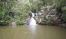 Colombo - Colombo-PR-Cachoeira Roncador do Bacaetava-Foto:joão manoel granemann