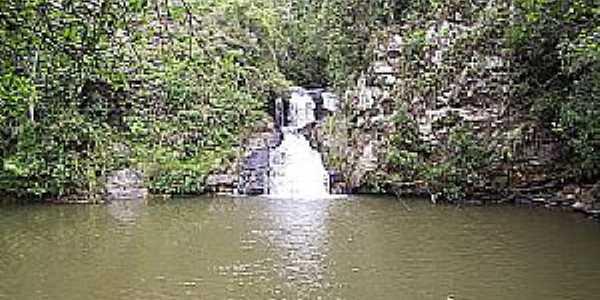 Colombo-PR-Cachoeira Roncador do Bacaetava-Foto:joão manoel granemann