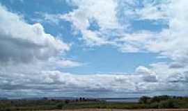 Glória - Vista da região e o Rio São Francisco ao fundo em Glória-BA-Foto:Riquinho27