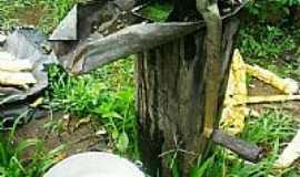 Congonhinhas - Congonhinhas-PR-Engenho de moer cana-Foto:Donisetetiti