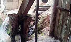 Congonhinhas -  Congonhinhas-PR-Monjolo de produzir farinha-Foto:Donisetetiti