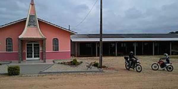 Igreja do Pocinho Contenda - PR -  por Carlos Eduardo  Claudino