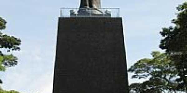 Cornélio Procópio-PR-Monumento à Cristo Rei-Foto:E. Colman