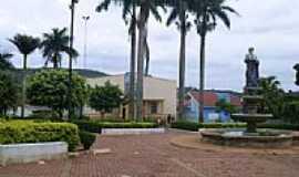 Corumbataí do Sul - Praça e Igreja em Corumbataí do Sul-Foto:roque_pg