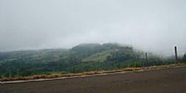 Estrada para Caorumbatai do Sul  por KleberNovais