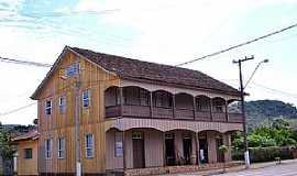 Cruz Machado - Casarões Antigos