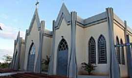 Dois Irmãos - Fachada da Igreja-Foto:Ricardo Mercadante