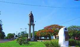 Doutor Camargo - Doutor Camargo-PR-Imagem de São Pedro na entrada da cidade -Foto:turismoregional.com.br