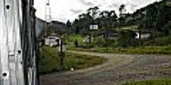 A estação vista do trem-Foto:Ralph M. Giesbrecht