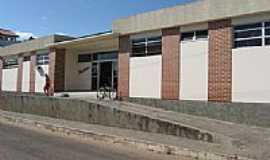 Guanambi - Policlínica em Guanambi-Foto:HumbertoReis